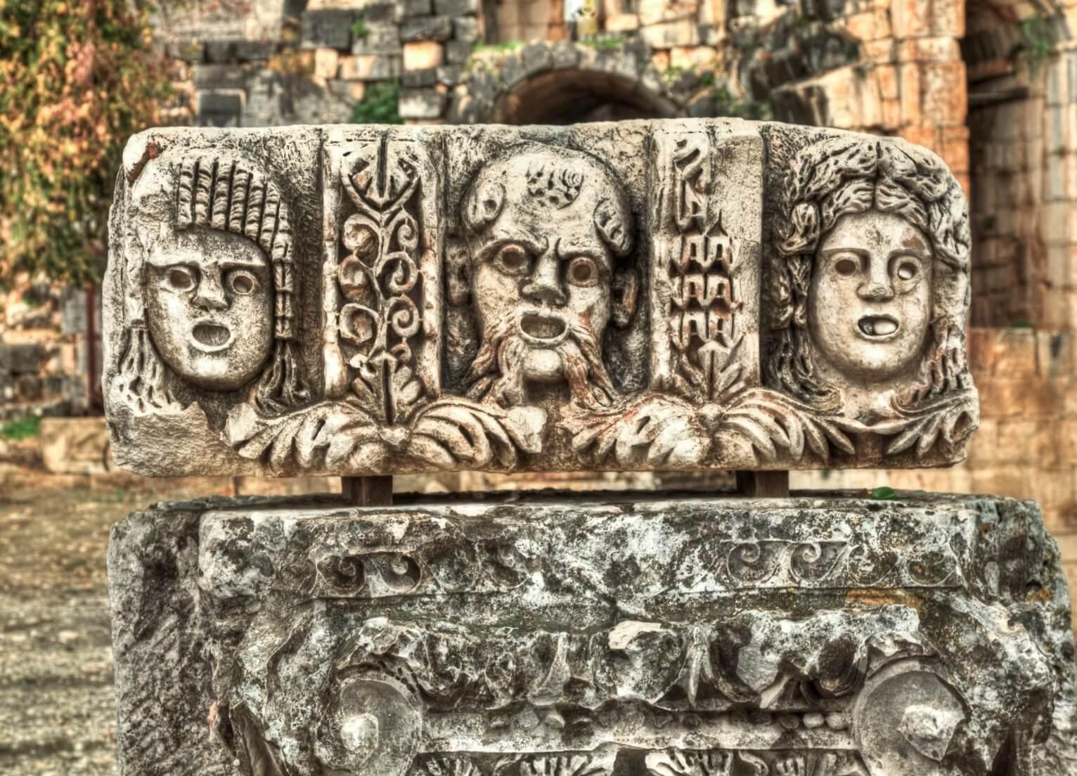 الاماكن التاريخية في انطاليا