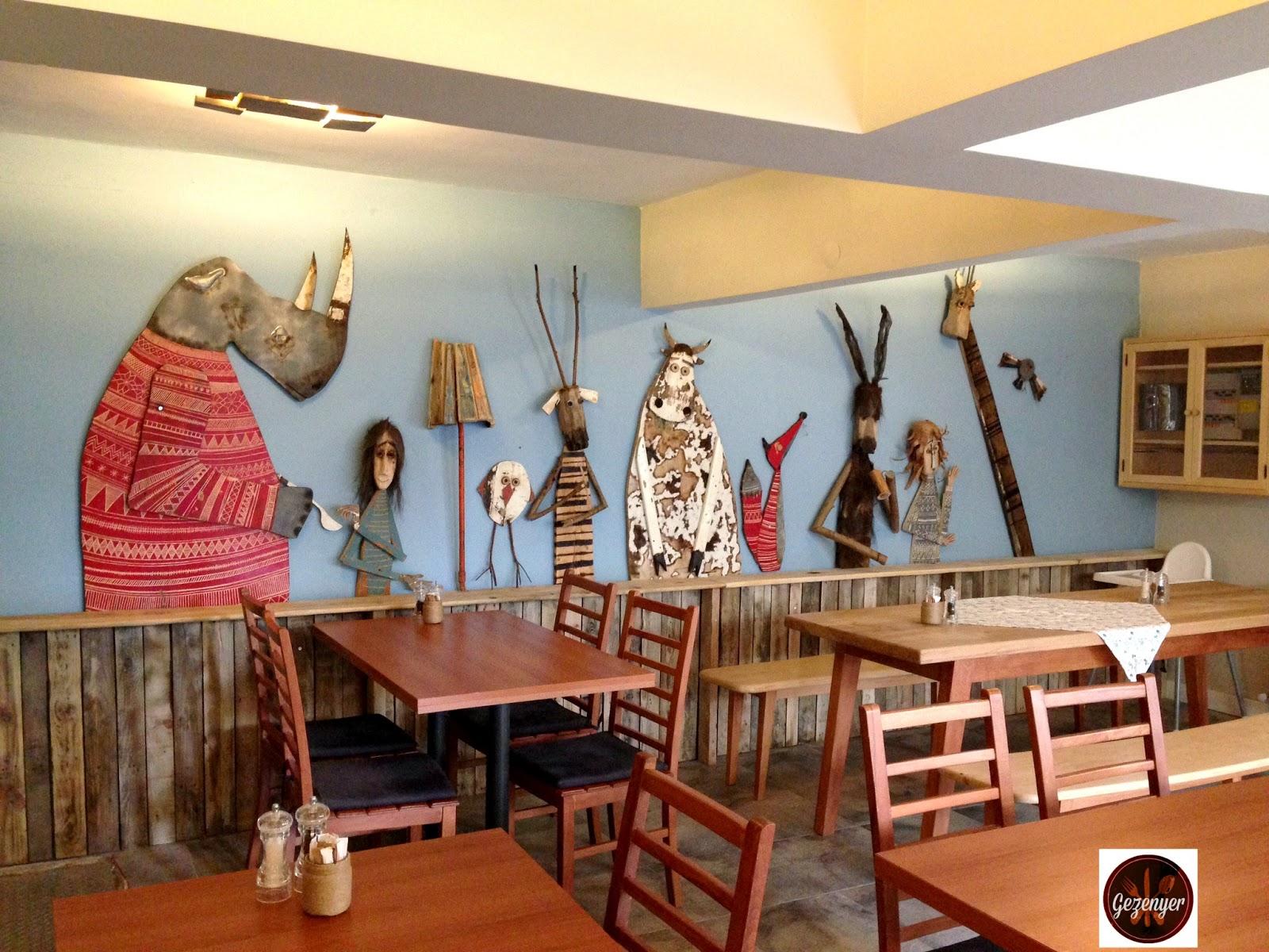 Naga putrika restaurant