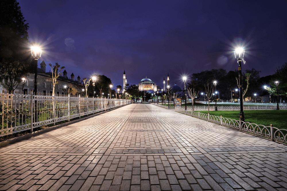 السلطان احمد في اسطنبول ليلا