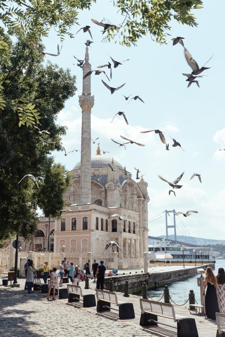 مسجد اورتاكوي في اسطنبول