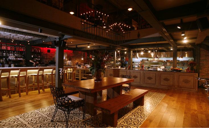 Paper Moon Restaurant