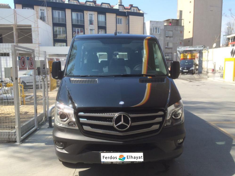 سيارة  مع سائق في تركيا - مرسيدس فيتو