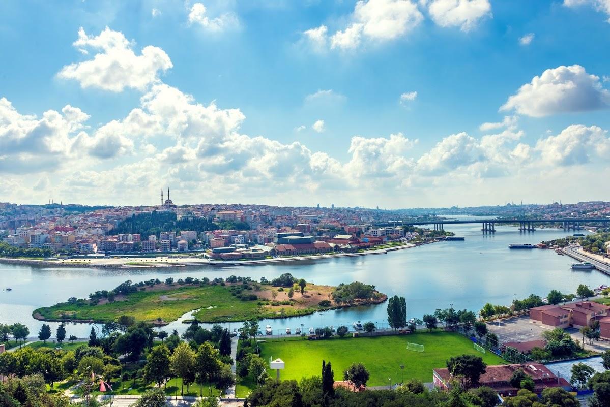 إطلالات اسطنبول